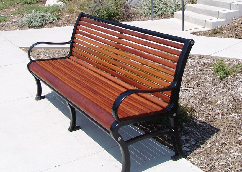 with cast aluminum supports and Jatoba hardwood seating