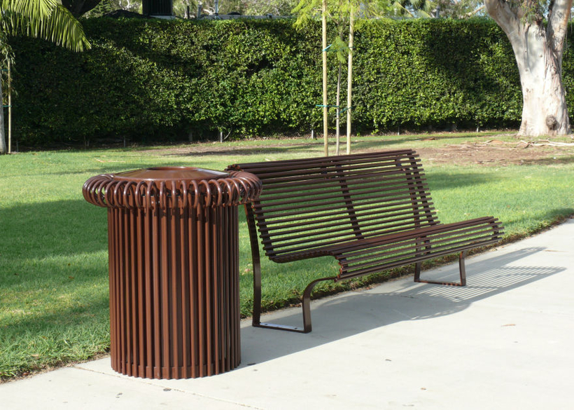 with complementary Riviera bench.
